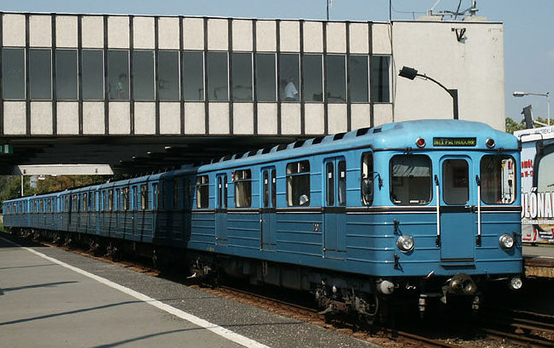 Budapest Metros - old Russian cars