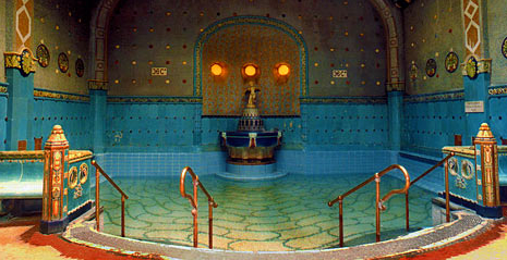 Budapest Baths: Dos and Dont's